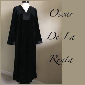 Oscar de la Renta Velvet Dress